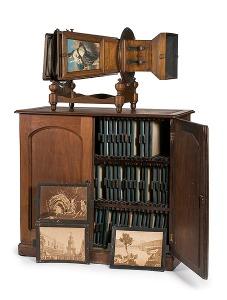 Rare megalethoscope et son cabinet contenant les vues