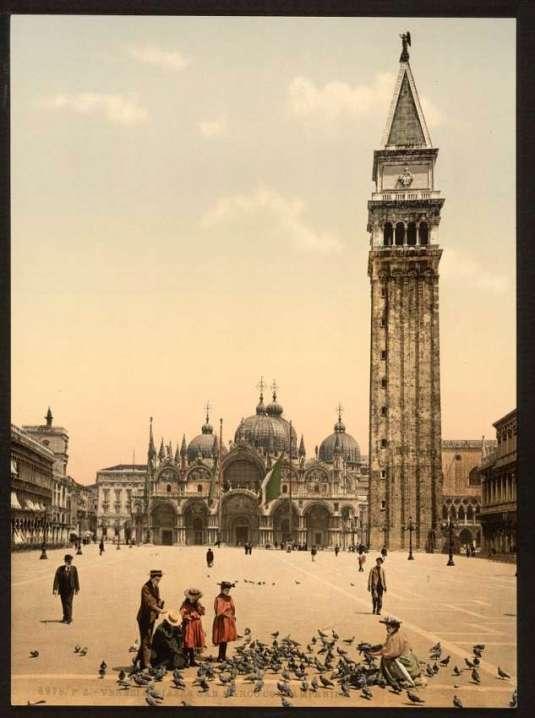 Venezia - Piazza San Marco col Campanile