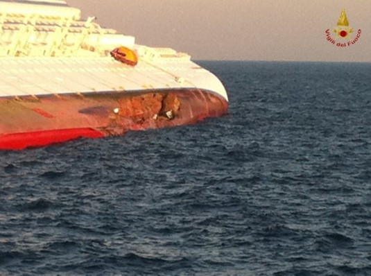 Naufrage du Costa Concordia le 14 janvier 2012 - Photo des Vigiles du Feu