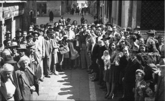 5 mai 1945, ouverture des portes du ghetto de Venise et libération de ses habitants