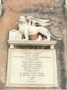 La plaque sur maison où ont vécu Giovanni e Sebastiano Caboto