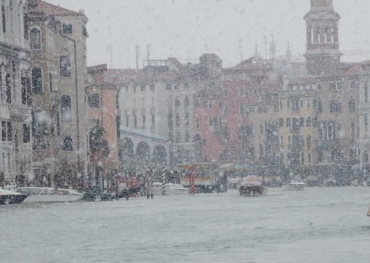 Ciclone Thor, nevica a Venezia -