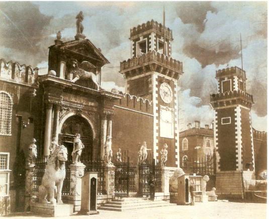 Portail de l'Arsenale en 1880