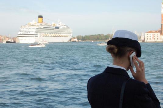 Navire dans le bassin de san Marco - Photo Alberto Alberti