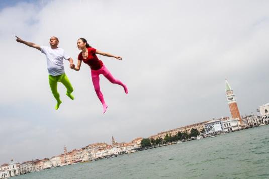 Biennale, il cinese Li Wei 'vola' su Venezia per il Padiglione Kenya