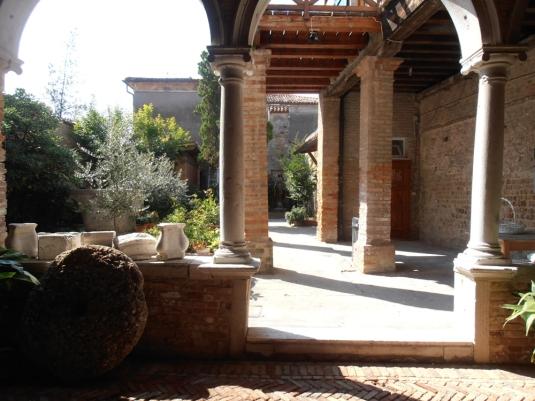 Jardin de l'église Santa Caterina de Mazzorbo