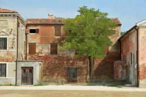 """Hameau de Lio Piccolo - habitations """"rustiques"""""""