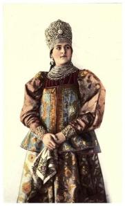 "Natalia Chabelskaya dans le livre ""Peasant art in Russia"""