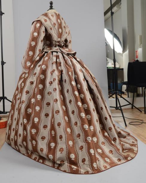 Robe vers 1855