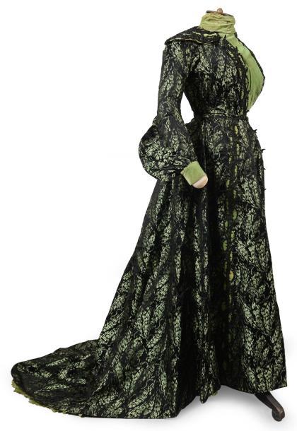 Robe, vers 1900