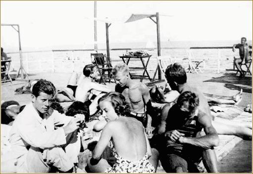 John Fitzgerald Kennedy sur la plage du Lido