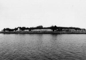 L'isola-ossario di Sant'Ariano