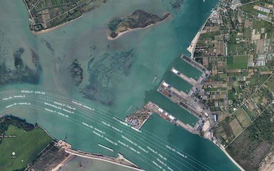 Le port immaginé par Klod à Punta Sabbioni