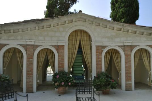 Le jardin de l'usine Fortuny, à la Giudecca