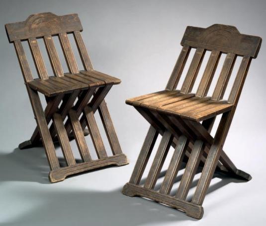 Paire de sedia savonarola du XVIème