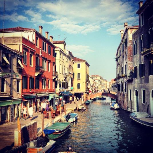 le quartier du Cannaregio, sa vie de village, ses marchés et ses jardins cachés