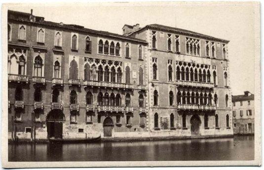 Palazzo Giustinian Brandolini D'Adda sur une photo de Carlo Naya