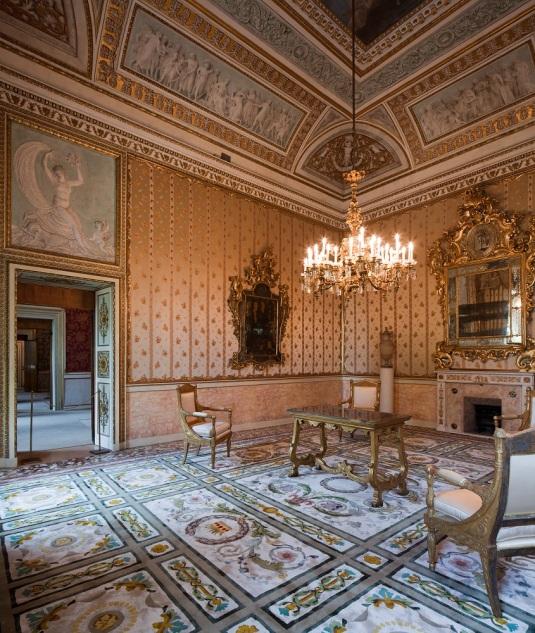 Le bureau de l'Empereur après restauration