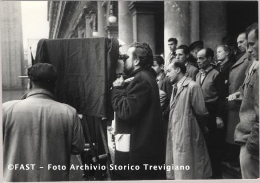 Venezia, Orson Welles sur la piazza San Marco